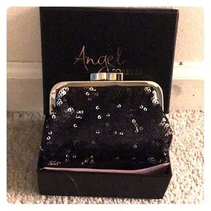 *HOLIDAY ALERT* VICTORIA SECRET SEQUIN COIN PURSE