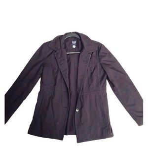 Gap water resistant trench