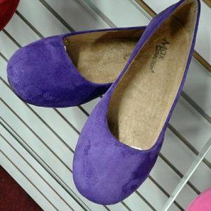 Suede purple flats.