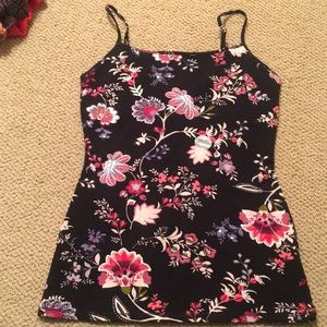 Brand new w/ sticker floral tank cami never worn~