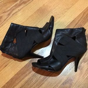 Nine West Black Elastic & Leather Heels