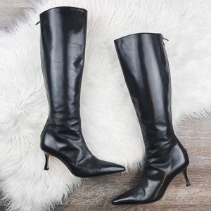 Manolo Blahnik Black Leather Pointed Toe Boots