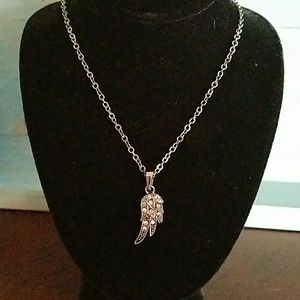 Jewelry - Pewter colored righnstone Angel wing necklace