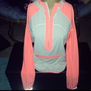 Like new Lululemon windbreaker