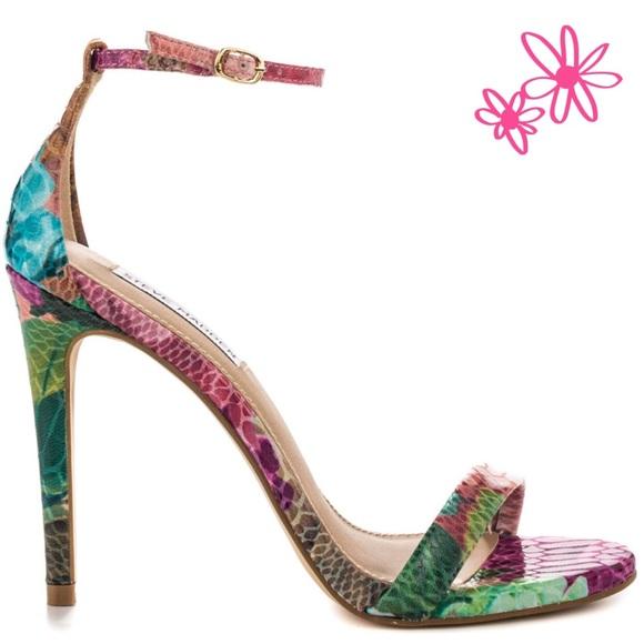 ba90303e68e Steve Madden  Stecy  floral print heels size 10. M 5a10c1e94127d0818503c837