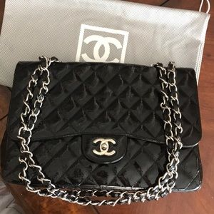 Chanel patent leather single flap  Lg classic bag