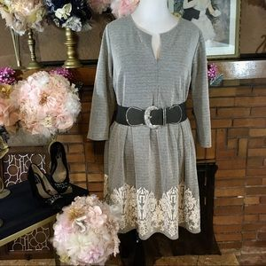 SOPRANO GRAY AND WHITE FIT AND FLARE DRESS