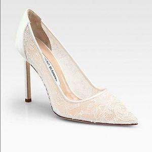 Manolo Blahnik  white lace heels!   Authentic!
