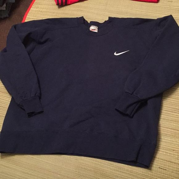 d925bf1e5b4e Vintage NIKE sweatshirt rare navy blue nike check.  M 5a10c32f7fab3af9ee03ed0b