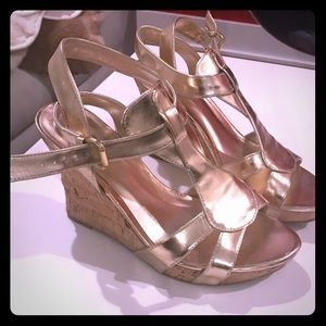 Guess gold wedge (size 6.5)