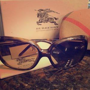 Burberry tortoise sunglasses