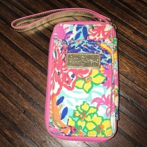 Lilly Pulitzer small wristlet