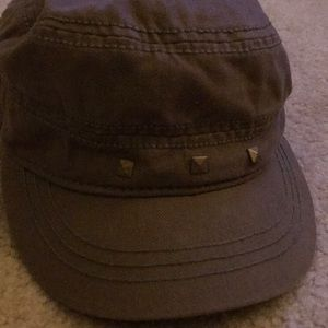 Army green cargo hat with studs