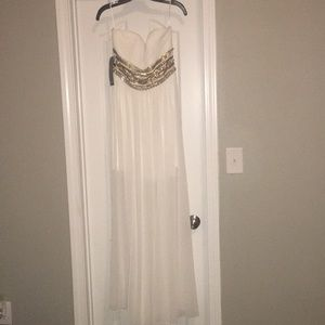 Strapless embellished sweetheart gown