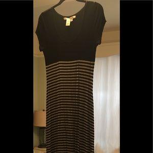 Flattering black and white maxi dress