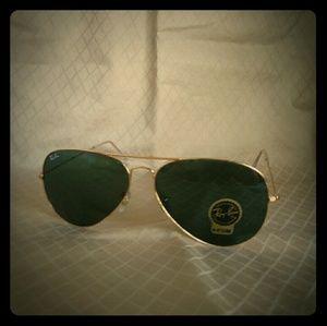 Classic Ray-Ban aviator large metal sunglasses
