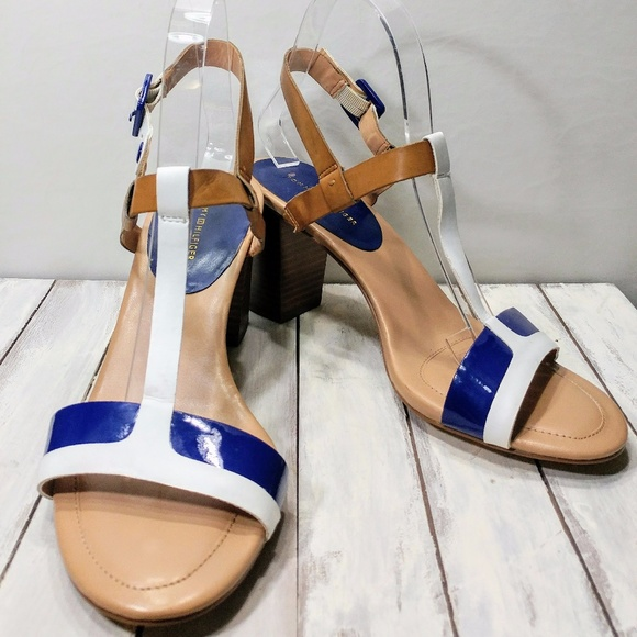 13f9d6323f1db7 Tommy Hilfiger Blue and White Strappy Sandal. M 5a10cc816d64bcc362041311