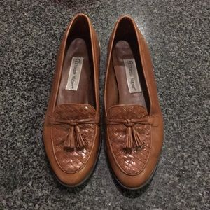 Etienne aigner loafers - 8M fits 7.5 perfectly