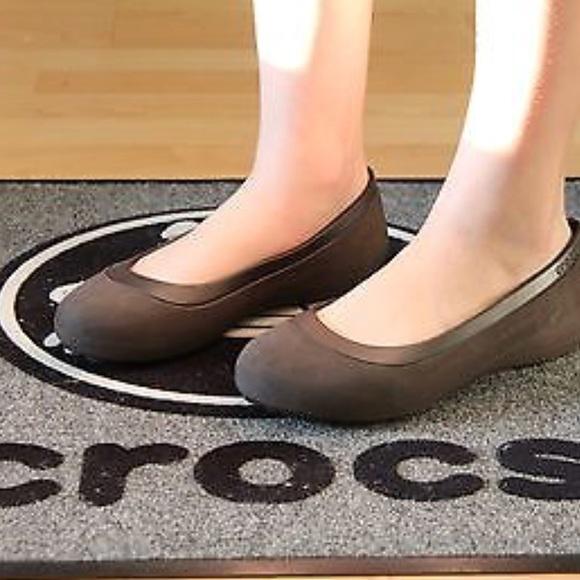 5d142a0bb3ba Crocs