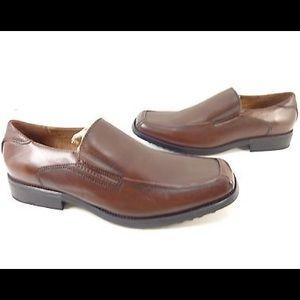 STEVE MADDEN- Yardley Leather Slip On Loafers
