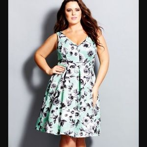 City chic mint rose dress XXL
