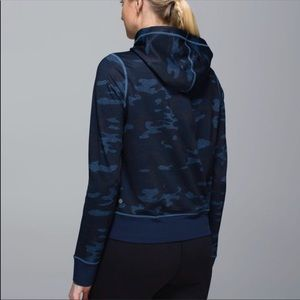 GUC Lululemon oil slick camo size up hoody