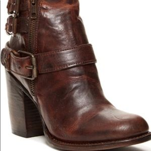 Freebird by steve Bolo ankle boot New