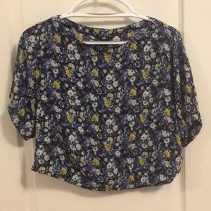 NWOT floral cropped top