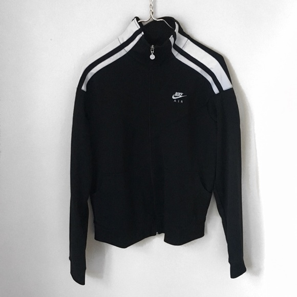 3de01a44b3ab Nike Air black and white zip-up track jacket. M 5a10d2fa36d594a9cd04369d