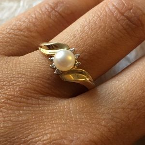 10k gold pearl ring