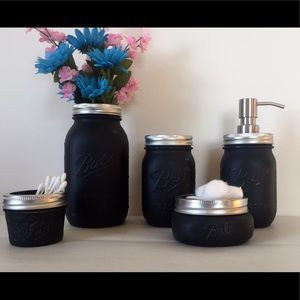 Gorgeous Black Mason Jar Bath Set!