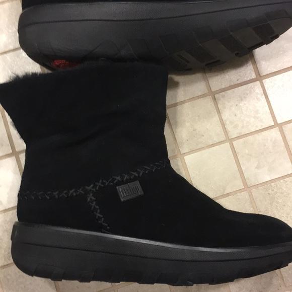 Fitflop Schuhes     Fleece Suede schwarz Stiefel Größe 5   Poshmark 7662b5