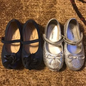 2 pair of girls flats. Blue and silver.