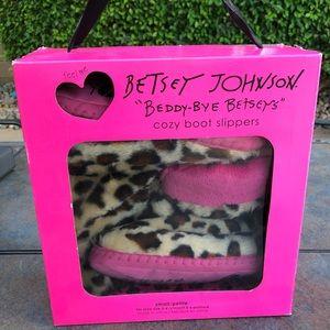 Betray Johnson Cozy Boot Slippers