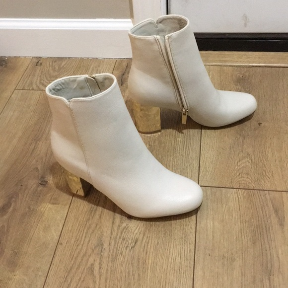JustFab Shoes | Just Fab White Gold