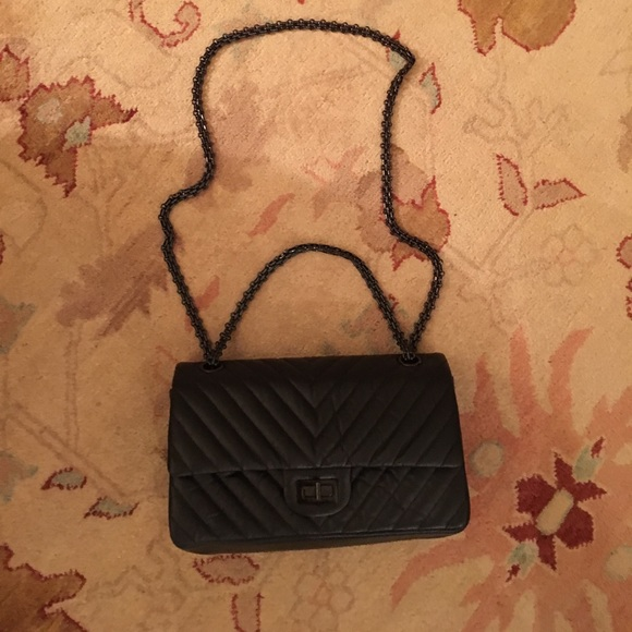 3e324584dbb4 CHANEL Bags | So Black Chevron Reissue 255 Flap Bag Nwt | Poshmark