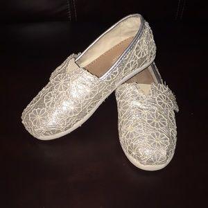 Toms Sparkle Lace Slip On Shoes - T 11