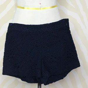 Great condition//Barely worn J.Crew detailed short