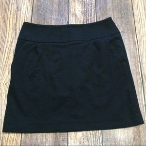Kenneth Cole black mini skirt size 10