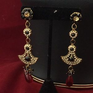 Jewelry - NWOT long earrings
