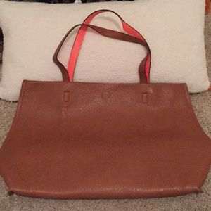 Faux leather tote Caramel and Coral