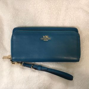 Coach wallet or wristlet