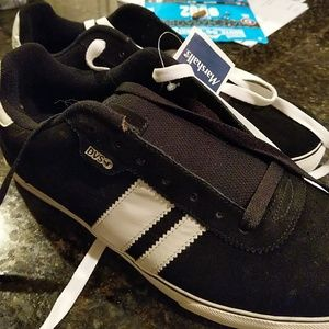Mens DVS shoe