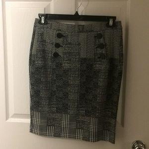 Houndstooth black & white pattern H&M pencil skirt