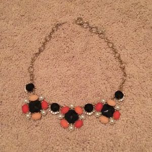 WHBM STATEMENT NECKLACE