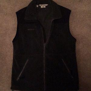 Small unisex Columbia vest