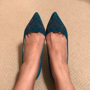 ShoeMint turquoise suede studded point-toe pumps