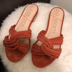 Dahlia Flat Sandal Sole Society Size 6