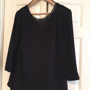 Black 3/4 sleeve low back blouse