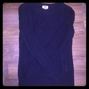 Navy blue Old Navy cable knit sweater.